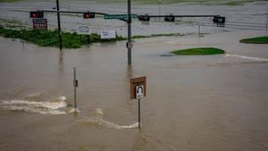 """Die Stadt Conroe im US_Bundesstaat Texas steht unter Wasser. Die Folge des Hurricanes """"Harvey"""""""