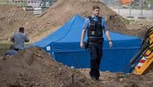 Bis zur Bombenentschärfung in Frankfurt am Main wird der Blindgänger von der Polizei bewacht
