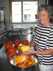Astrid Niessen kocht seit acht Jahren im Erna-Zink-Kindergarten der Arbeiterwohlfahrt Erlangen Höchstadt. Mit ihrem Essenskonzept ist die Kita etwas Besonderes.