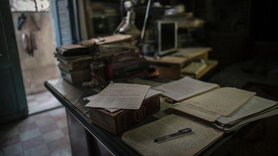 Abu Sami übersetzte wissenschaftliche Texte. Schrieb Tagebuch. Las Goethe oder Sigmund Freud