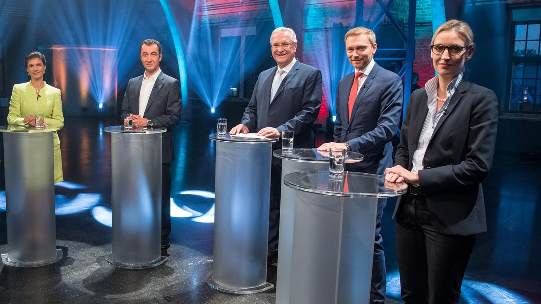 Wagenknecht, Özdemir, Herrmann, Lindner und Weidel beim TV-Fünfkampf