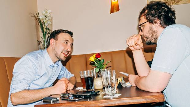 Für Paul Ziemiak blieb es bei nur einem Bier: Seine Frau erwartete ihr Kind, er musste fahrtüchtig sein.