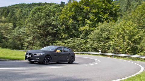 Mazda 3 Skyactiv X - hier noch im Kleid des bekannten Mazda 3
