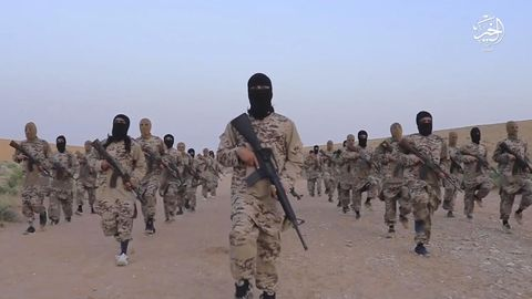 Der Islamische Staat (IS) rekrutiuerte immer wieder Soldaten.