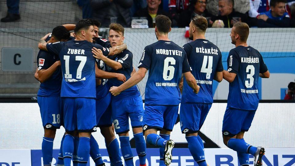 Die Hoffenheimer Spieler stellten sich gegen den FC Bayern München sehr clever an - und durften zwei Tore bejubeln