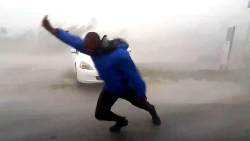 """""""Irma"""" wütet in Florida: Hurrikan-Jäger messen Supersturm und werden beinahe von Böen erfasst"""