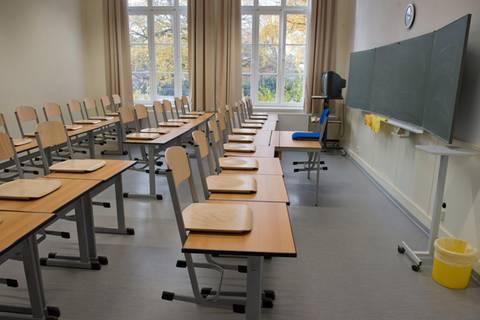 News des Tages: Jugendlicher sticht im Klassenzimmer auf Mitschüler ein