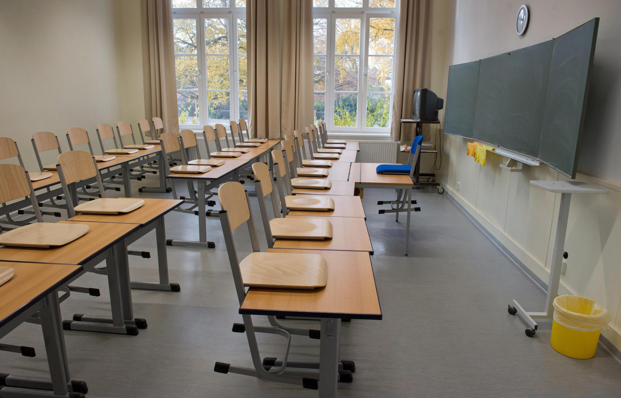News Thüringen Jugendlicher sticht im Klassenzimmer auf Mitschüler