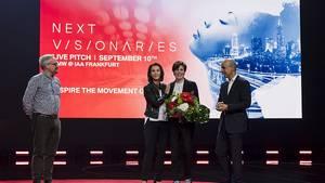BMW Vorabend TED BMW-Vorstand Nicolas Peter und BMW Markenchefin Hildegard Wortmann