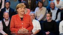 Angela Merkel lächelt in der ARD-Wahlarena: Kein Zweifel, dass sie den Job noch vier Jahre macht