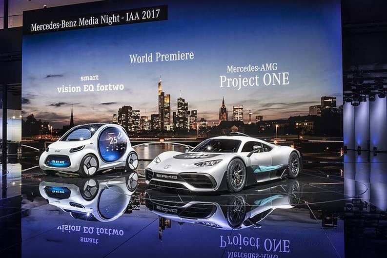 Mercedes auf der IAA 2017 - Smart trifft Formel-1