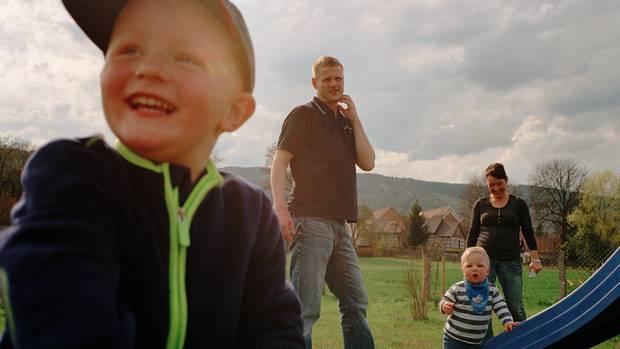 Wie ein Vater zu seinem Sohn zurückgefunden hat