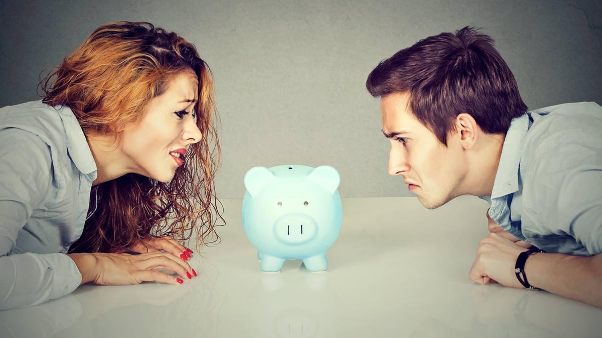 Der richtige Zeitpunkt in der Partnerschaft über Geld zu sprechen