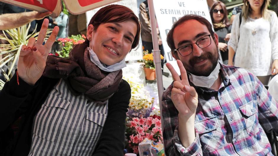 Nuriye Gülmen und Semih Özakca sind seit 190 Jahren im Hungerstreik
