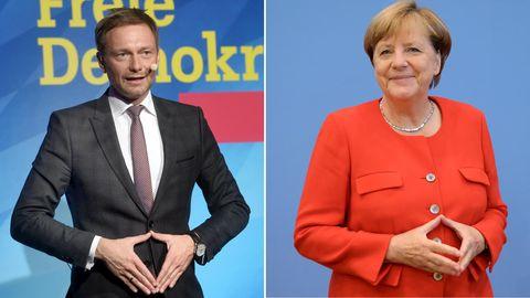 Christian Lindner und Angela Merkel zeigen die Merkel-Raute - Schwarz-Gelb hat die besten Chancen bei der Bundestagswahl