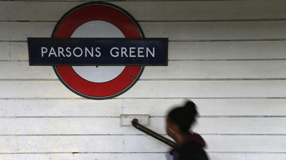Die U-Bahnstation Parsons Green war nach dem Anschlag am Freitag am Samstagmorgen wieder für den Verkehr freigegeben worden.