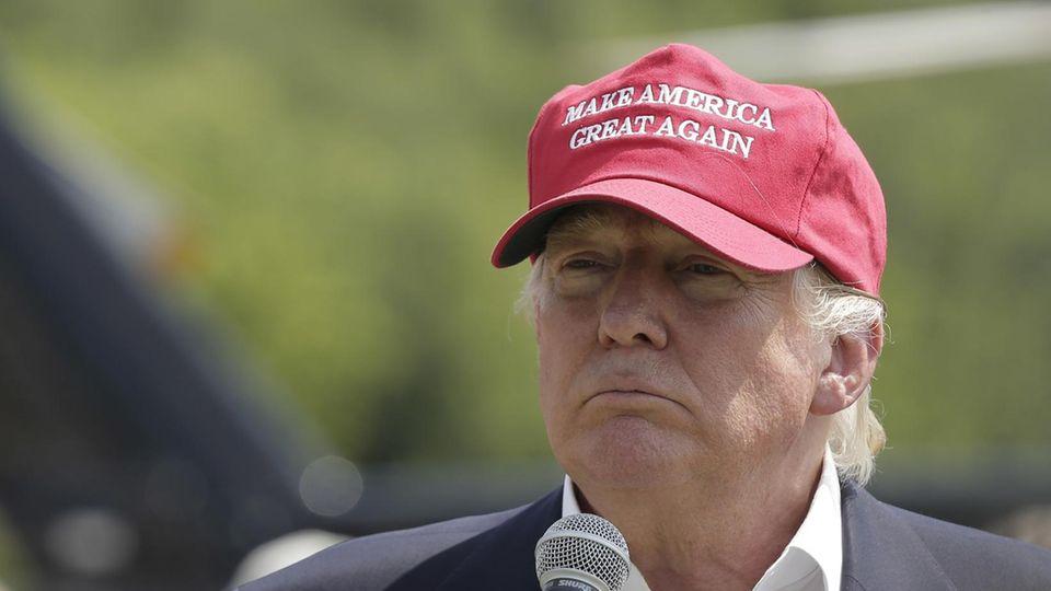 Trump Kappe mit Maga-Mütze