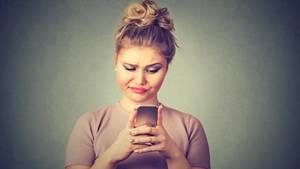 Abzock-Mail fordert Whatsapp-Verlängerung