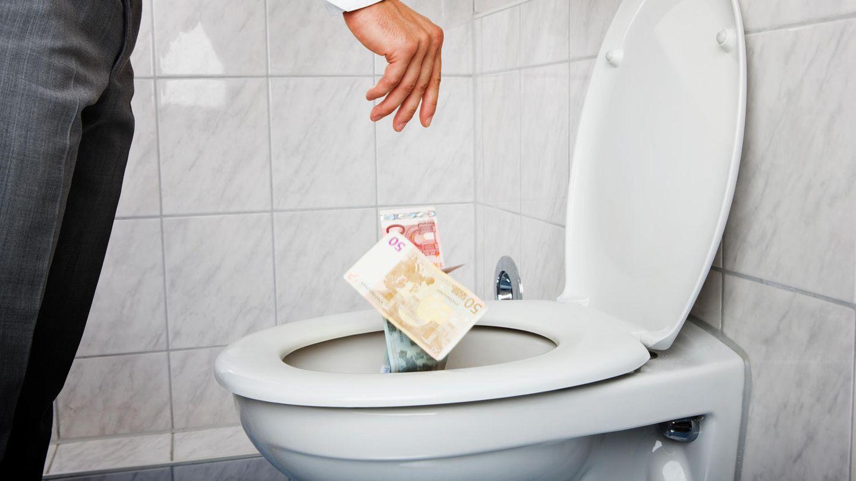 Geld ins Klo