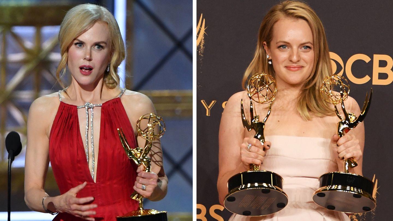 Nicole Kidman und Elisabeth Moss bei der Emmy-Verleihung
