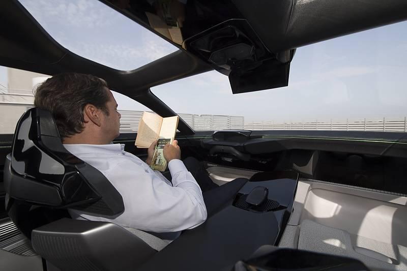 Peugeot Instinct Concept - Entspannung im Autobahnmodus