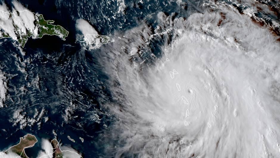 "Hurrikan ""Maria"" trifft auf Karibikinsel Dominica"