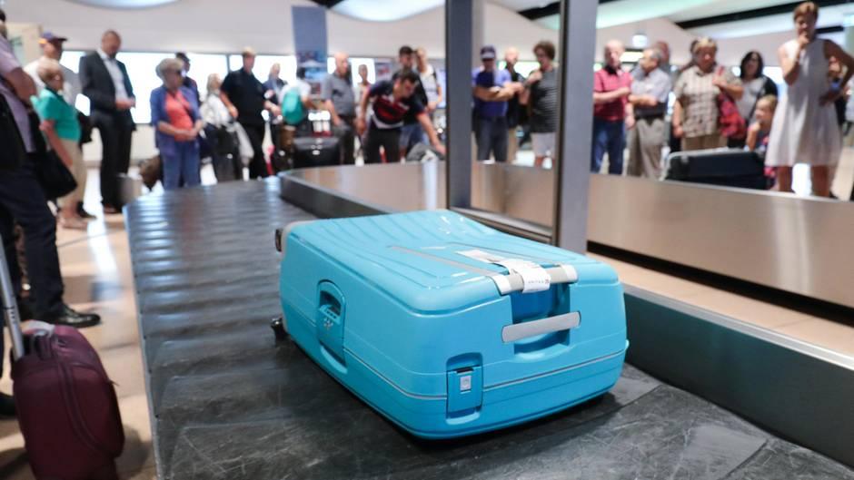 Koffer in Singapur: Ein Mitarbeiter vertauschte Labels am Flughafen
