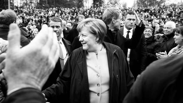 Bundestagswahl 2017: Angela, breit' den Mantel aus