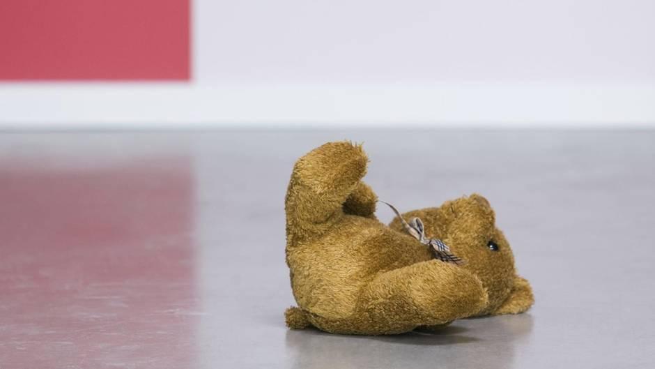 Teddybär verlassen