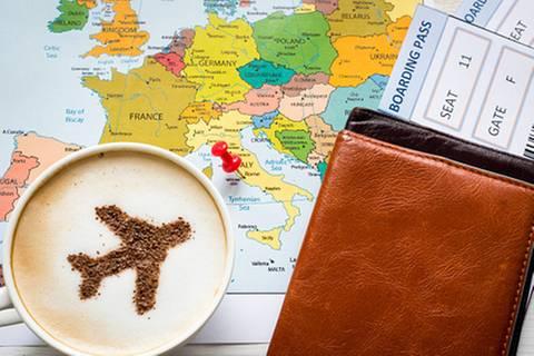 Expedia, Ab-in-den-Urlaub & Co.: Versicherungen auf Reiseportalen: Stiftung Warentest rät ab