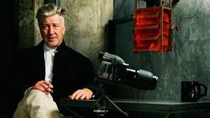 Kult-Regisseur David Lynch wurde 1946 geboren und wuchs einem Städtchen in Idaho auf