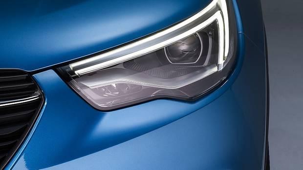 Beim Opel Grandland X gibt es auch Voll-LED-Scheinwerfer