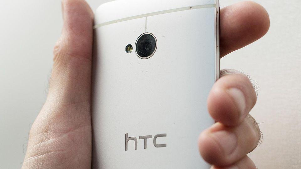 Ein Smartphone der koreanischen Marke HTC