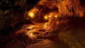 Weil der Zugang zur Höhle verschlossen war, musste ein US-Student drei Tage lang im Dunkeln ausharren (Symbolbild)
