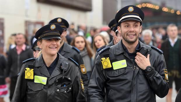Oktoberfest 2017: So witzig twittert die Münchner Polizei vom Saufgelage