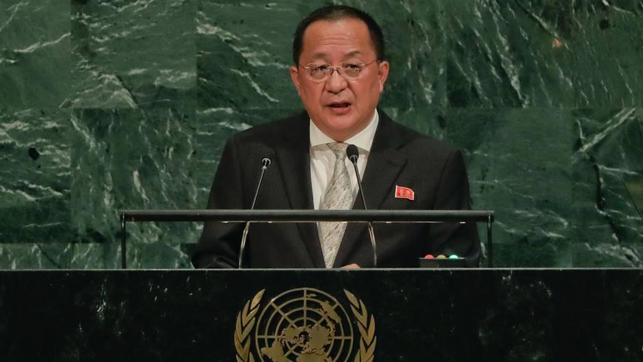 Der Außenminister von Nordkorea, Ri Yong Ho, spricht bei der UN-Generaldebatte im UN-Hauptquartier in New York