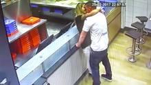 Pärchen hat Sex beim Pizzaholen und muss dafür vor Gericht