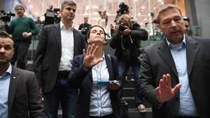 Frauke Petry bei ihrem Abgang - sie will nicht in die AfD-Fraktion im Bundestag