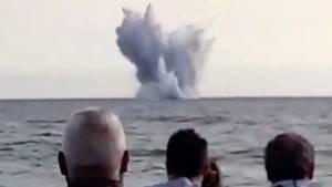 Eurofighter stürzt bei Flugshow in Italien ins Meer - Pilot stirbt