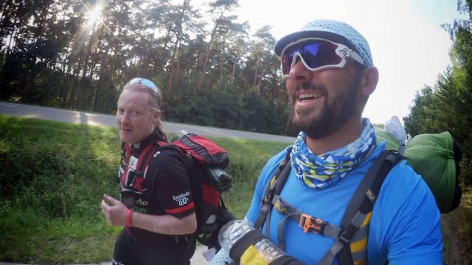 Joey und Demian beim knallharten Deutschlandlauf.
