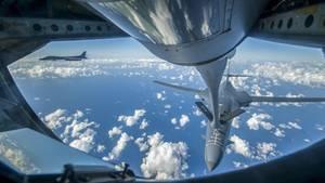 US-Bomber über ostchinesischem Meer