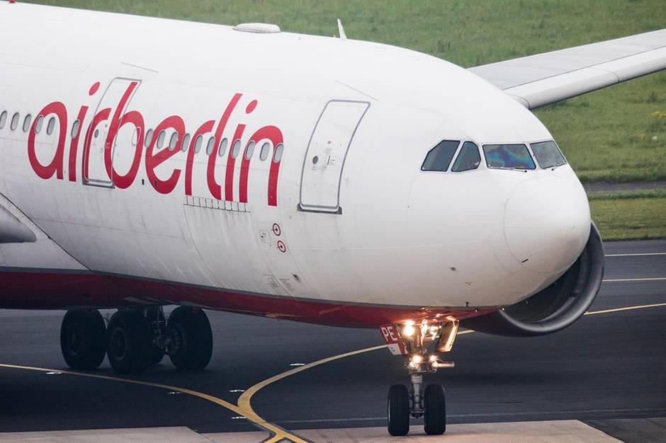 In Frankreich: Ausrangierte Flotte von Air Berlin parkt auf