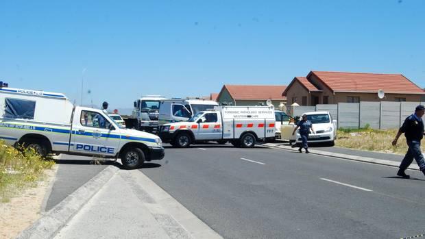 Annis Leiche wird auf dem Rücksitz eines VW im Township Khayelitsha gefunden