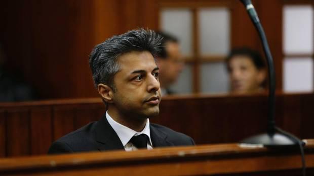 Als Shrien Dewani vor Gericht in Kapstadt erscheint, werden dort Details aus seinem Leben ausgebreitet, die er gern verborgen hätte