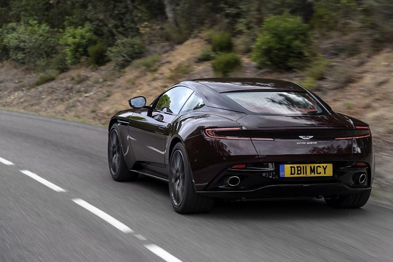 Aston Martin Db11 V8 Mittelstrecken Rakete Stern De