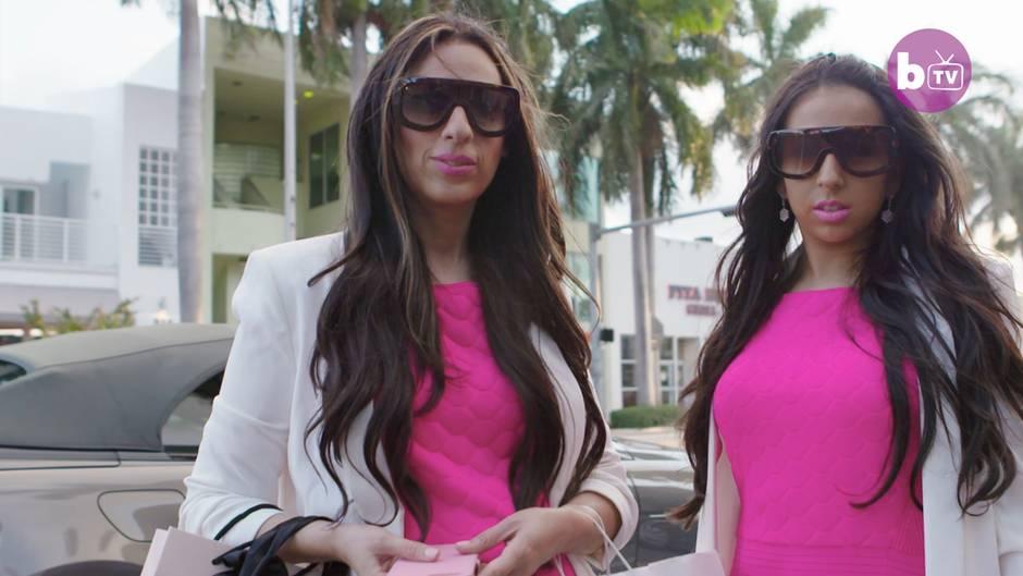 """Prägnantes Duo: Sie glauben nicht, welchen Job diese beiden """"Barbies"""" ausüben"""