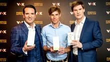 Veluvia-Gründer mit Ralf Dümmel (li.) und Carsten Maschmeyer