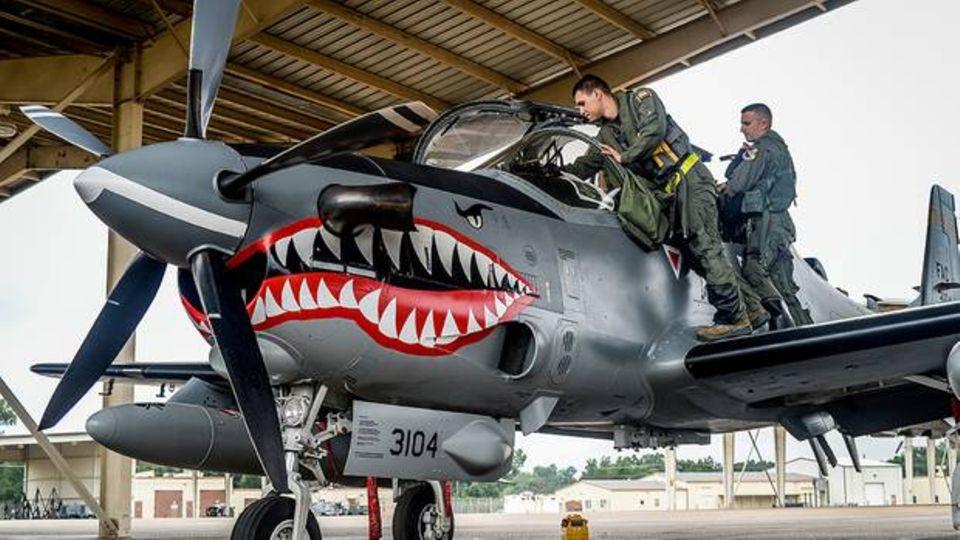 Light Attack Aircraft: USA schicken Propellerflugzeuge wie aus dem Zweiten Weltkrieg an die Front