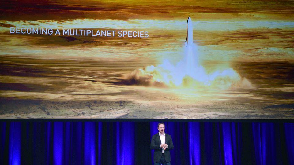 Elon Musk hält einen Vortrag auf einer internationalen Raumfahrt-Konferenz im australischen Adelaide