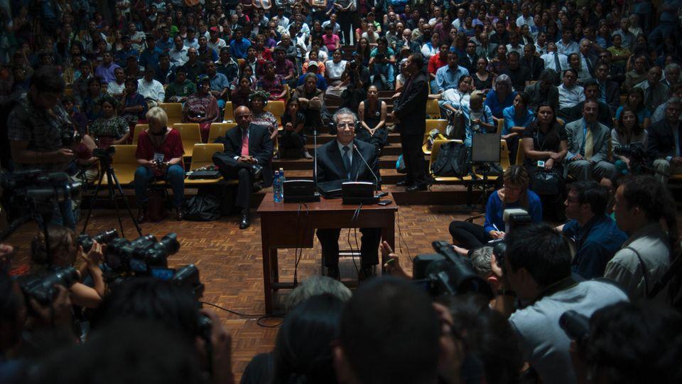 Ex-Präsident Ríos Montt vor Gericht. In einem ersten Verfahren wurde er zu 80 Jahren Haft verurteilt